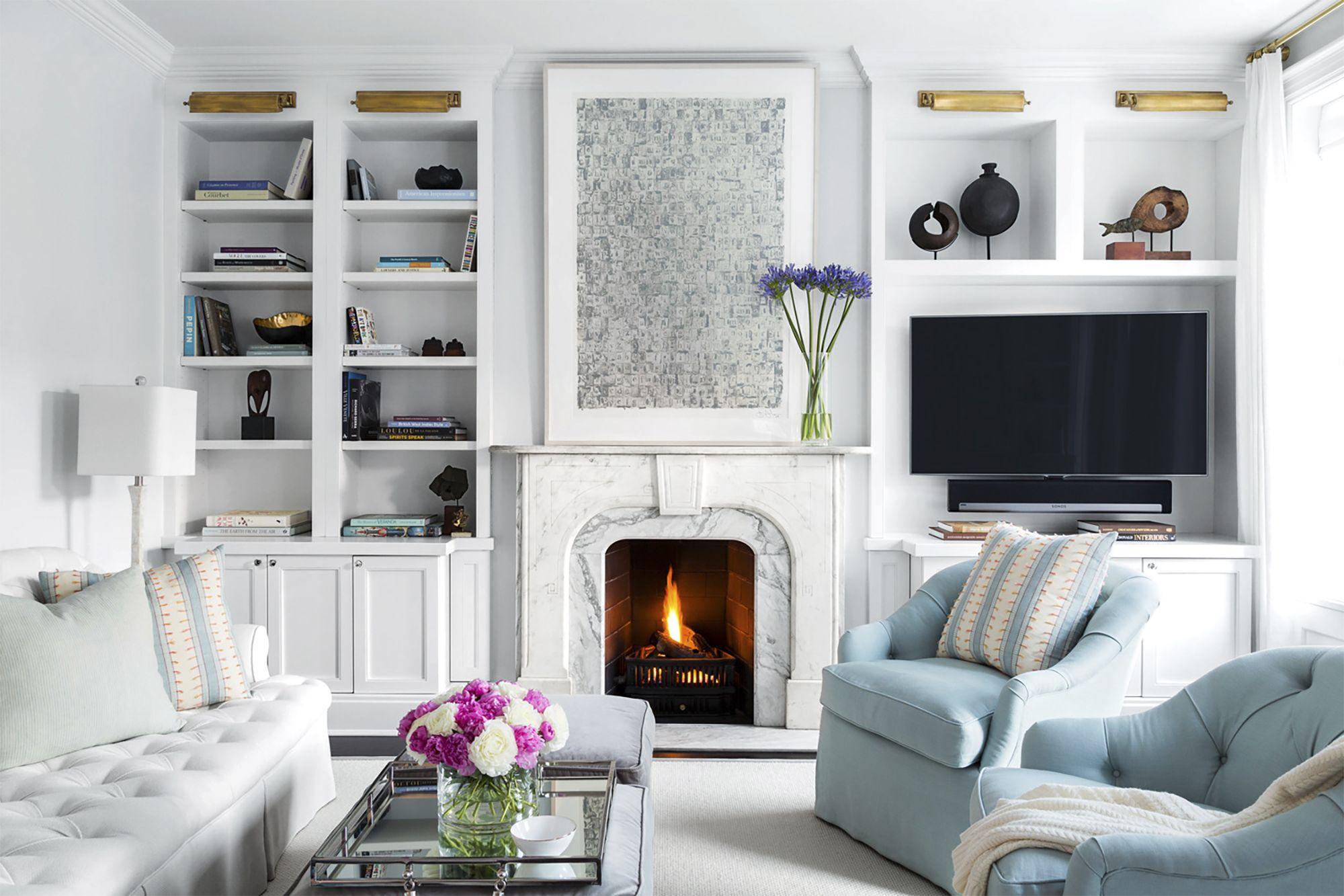 7 Ideas To Decorate Your Living Room With Little Money